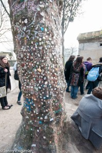 jim-morrison-kauwgum-boom-paris_perelachaise